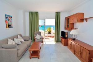 Un lugar para sentarse en Apartamentos HC Burriana Playa