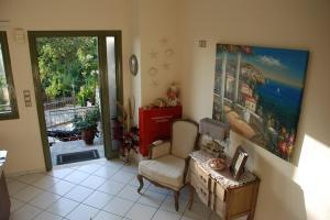Χώρος καθιστικού στο Nontas Home
