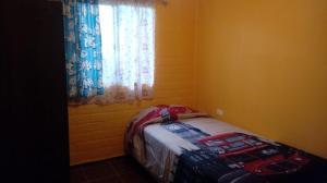 Voodi või voodid majutusasutuse Arriendo para el eclipce solar toas
