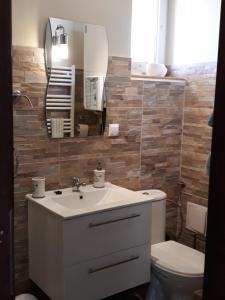 Koupelna v ubytování Apartament Pod Śnieżką