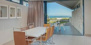 A balcony or terrace at Hermanus Apartments