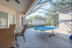 A billiards table at Orlando 5 beds 4 Baths Private Pool Family House - Close to Disney