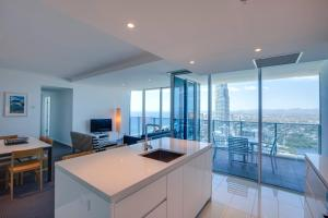 A kitchen or kitchenette at Hilton Surfers Paradise Residences