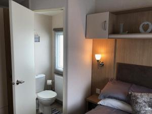 A bathroom at Spacious Holiday Home