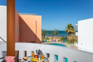 Μπαλκόνι ή βεράντα στο Eden Beach Hotel