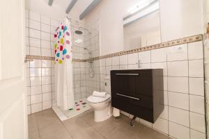 A bathroom at Seanema Beach Park