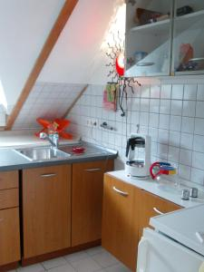 A kitchen or kitchenette at Haus Barbara