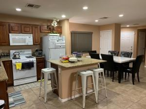 A kitchen or kitchenette at A Haven of Rest