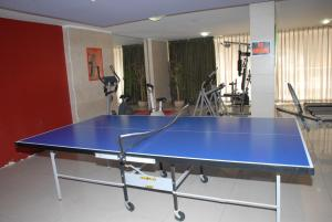 Ping-pong facilities at Taj Suites or nearby