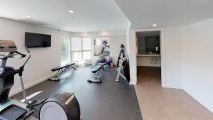 The fitness center and/or fitness facilities at Le Chamois by Whistler Premier