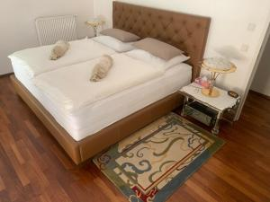 Ein Bett oder Betten in einem Zimmer der Unterkunft Apartment Kaigasse 32