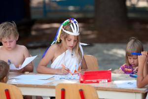 Children staying at Apartments Koversada