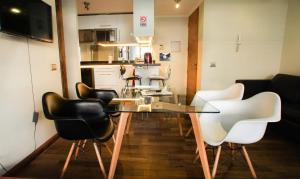 Zona de estar de Departamento Lyon & Once