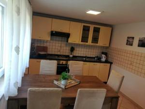 Küche/Küchenzeile in der Unterkunft Apartment Edita