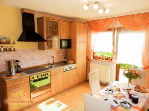 Küche/Küchenzeile in der Unterkunft Ferienwohnung Ilona - [#120549]
