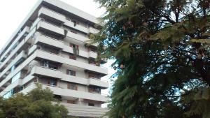 El edificio en el que está el departamento