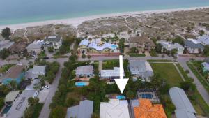 A bird's-eye view of Sea Breeze Beach House