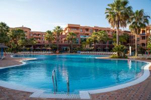 Het zwembad bij of vlak bij Pierre & Vacances Estepona