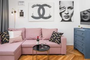 A seating area at Rent like home - Nowolipie 5