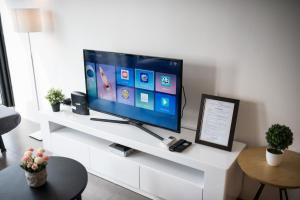 A television and/or entertainment center at KL Bangsar Sentral PSM BY LUXURY SUITES