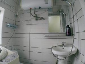 Ein Badezimmer in der Unterkunft Apartment near Disney/Zhangjiang/Pudong Airport