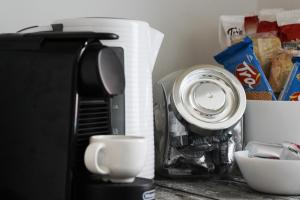 Coffee and tea-making facilities at Happy Home