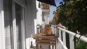 A balcony or terrace at Apartamento Santa Justa