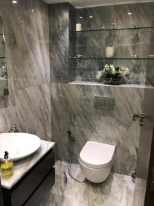 A bathroom at The Marylebone Boutique