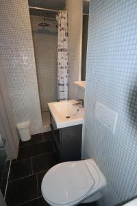 A bathroom at Park Atlantis