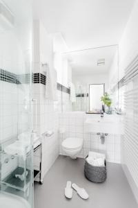 A bathroom at VISIONAPARTMENTS Zurich Cramerstrasse