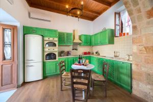 Küche/Küchenzeile in der Unterkunft Villa Eftihia in Lindos