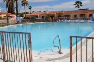 Het zwembad bij of vlak bij Santa Fé Bungalow