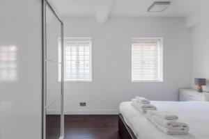 Ein Badezimmer in der Unterkunft Perfect apartment for 6 in the heart of London!