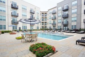 The swimming pool at or near Sonder — Pearl District