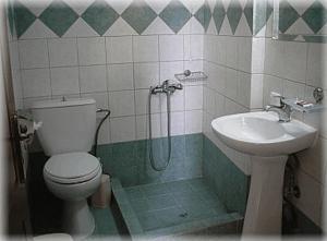 Ένα μπάνιο στο Constantino's Studios