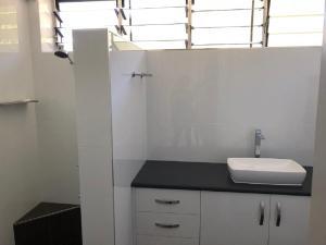 A bathroom at Frangipani 208