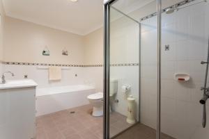Albatross Holiday Unit tesisinde bir banyo