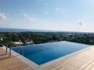 The swimming pool at or near Spectacular Villa In Kyrenia