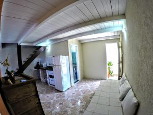 A kitchen or kitchenette at Departamento Centro de Búzios
