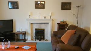 A seating area at Hazelrigg A Charming Home In Kendal, Lake District