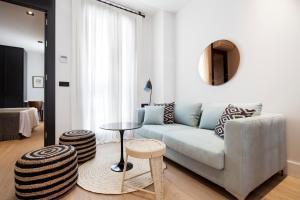 A seating area at Casa Noa Apartments