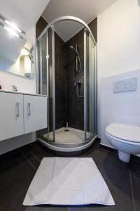 A bathroom at Flat in the heart of Antwerp Centrum