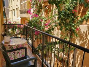 A balcony or terrace at Iason Studios