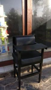 A seating area at Medewi Snaffl Beach Villa