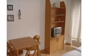 A television and/or entertainment center at Gewölbe G