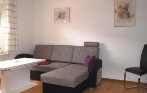 Ein Sitzbereich in der Unterkunft Holiday Home Bergholz 03