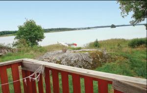 En balkong eller terrass på Holiday home Tosterö Svedäng Strängnäs