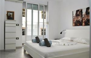 Letto o letti in una camera di Apartment Saranda 17