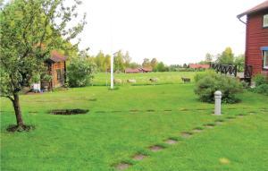 En trädgård utanför Holiday home Plintsberg, Backåkersv. Tällberg