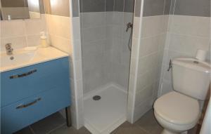 Salle de bains dans l'établissement 0-Bedroom Apartment in Le Pouget